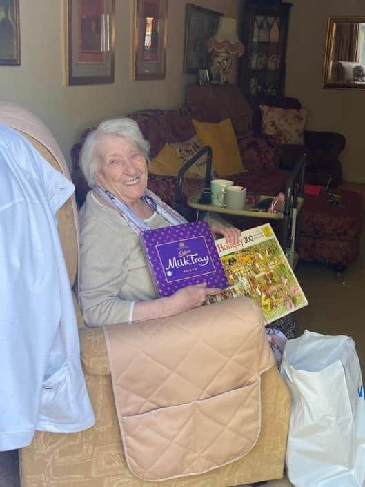 Muriel receiving her 'Keep Busy'